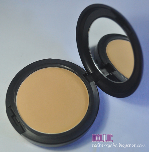 random beauty by hollie mac studio fix powder plus foundation in c40