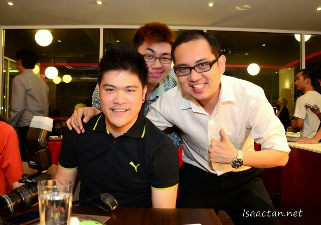 With fellow bloggers Simon So and Ryan Mo