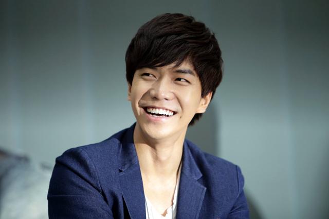 Lee Seung Gi xác nhận ngày nhập ngũ