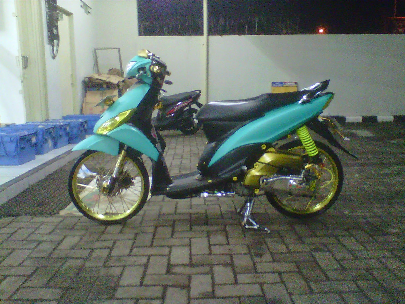 modifikasi mio j thailook terkeren