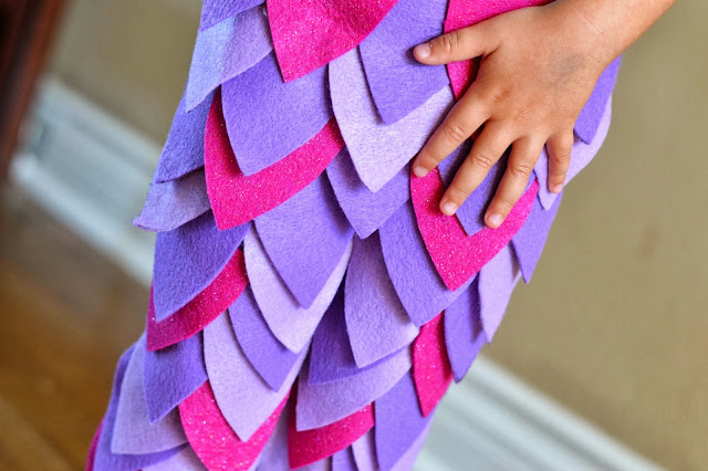 Mommy Testers DIY mermaid leggings, DIY Little Mermaid costume, Mermaid leggings, Mermaid leggings tutorial, No Sew mermaid leggings, felt mermaid leggings,