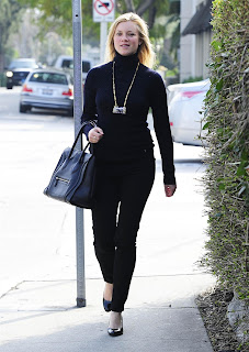 Amy+Smart+ +Going+to+lunch+at+Lemonade+in+West+Hollywood+ +2 7 13+7 Amy Smart Going to Lunch at Lemonade in West Hollywood Photo Gallery