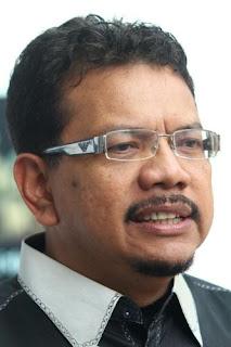 Gambar Ketua Pengarah Istana Budaya iaitu Datuk Juhari