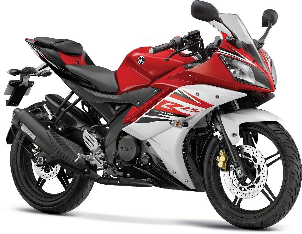 Yamaha YZF R15 V2 2014 Raring Red