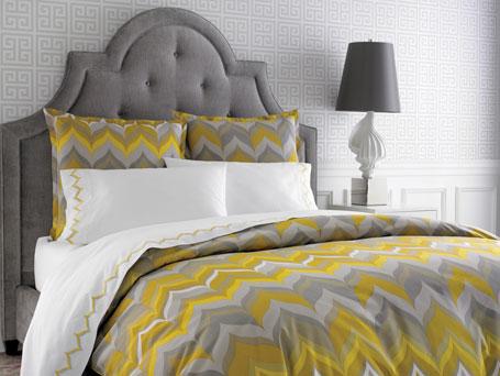 bedding sets queen black bedroom design ideasblack damask. Black Bedroom Furniture Sets. Home Design Ideas