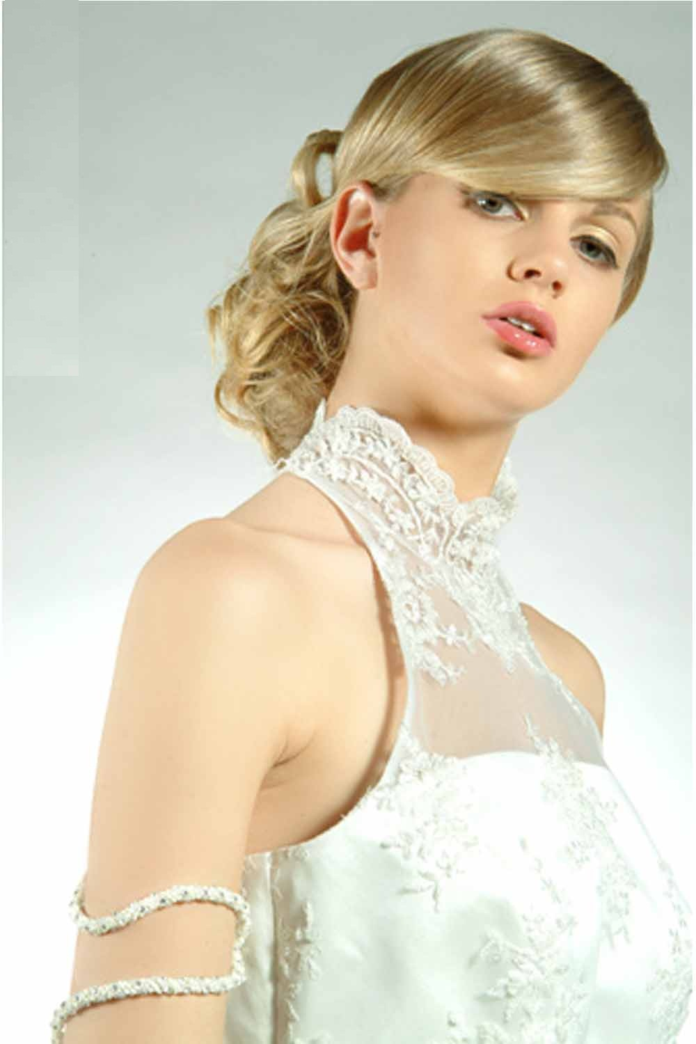 layered hairstyles great and beautiful wedding hairstyles for medium hair are very elegant. Black Bedroom Furniture Sets. Home Design Ideas
