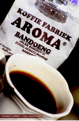 http://www.kopimiracle-agent.com/2014/09/harga-jual-kopi-arabica-aroma-bandung.html