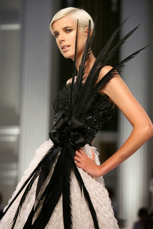 Eniwhere Fashion - Oscar de la Renta