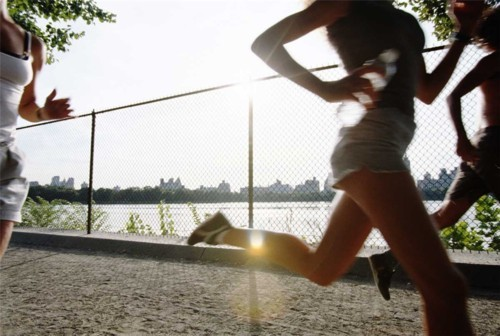 Las 13 claves para ser feliz Health-is-wealth-jogging-exercise-quotes