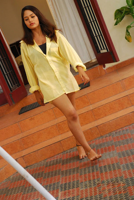 nalamthana spicy , nalamthana actress pics