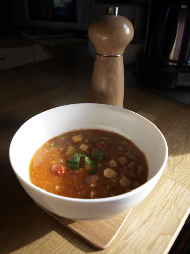 Farmersgirl Kitchen: Chickpea and smoked paprika soup
