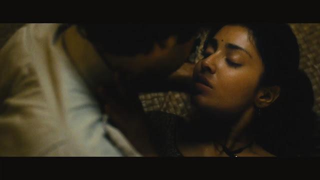 Shriya Saran kiss