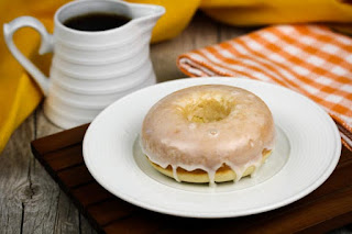 vanilla-glazed-doughnuts