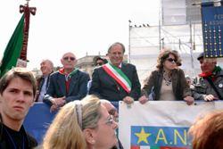 2012, Milano, anniversario della Liberazione, l'A.N.P.I. di Cinisello Balsamo sul palco