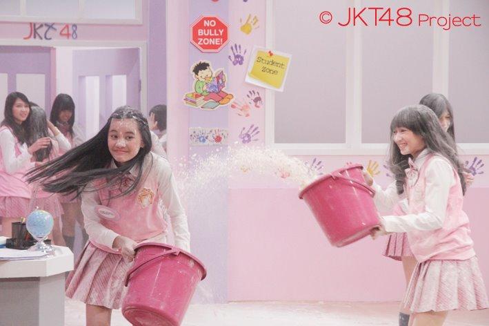 Cleo JKT48 dan Achan JKT48 at JKT48 School episode 8