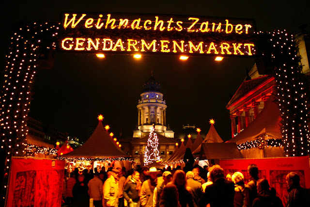Weihnachts Zauber Gendarmenmarkt in Berlin welcomes holiday visitors with the promise of sweet confections, scrumptious morsels and spicy mulled wine. Photo: Courtesy of German Christmas Market.Org.UK. Unauthorized use is prohibited.