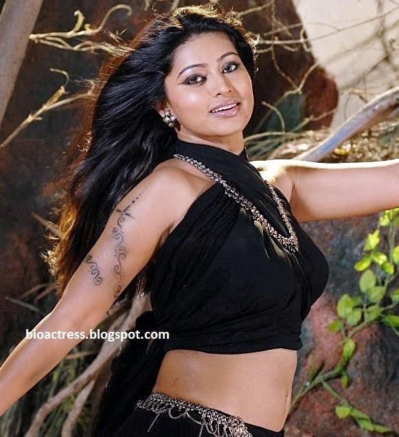 South Indian Sexy Actress Sneha Biodata/Profile