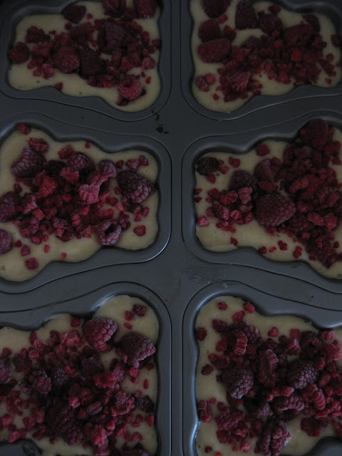 muffinssien leipominen