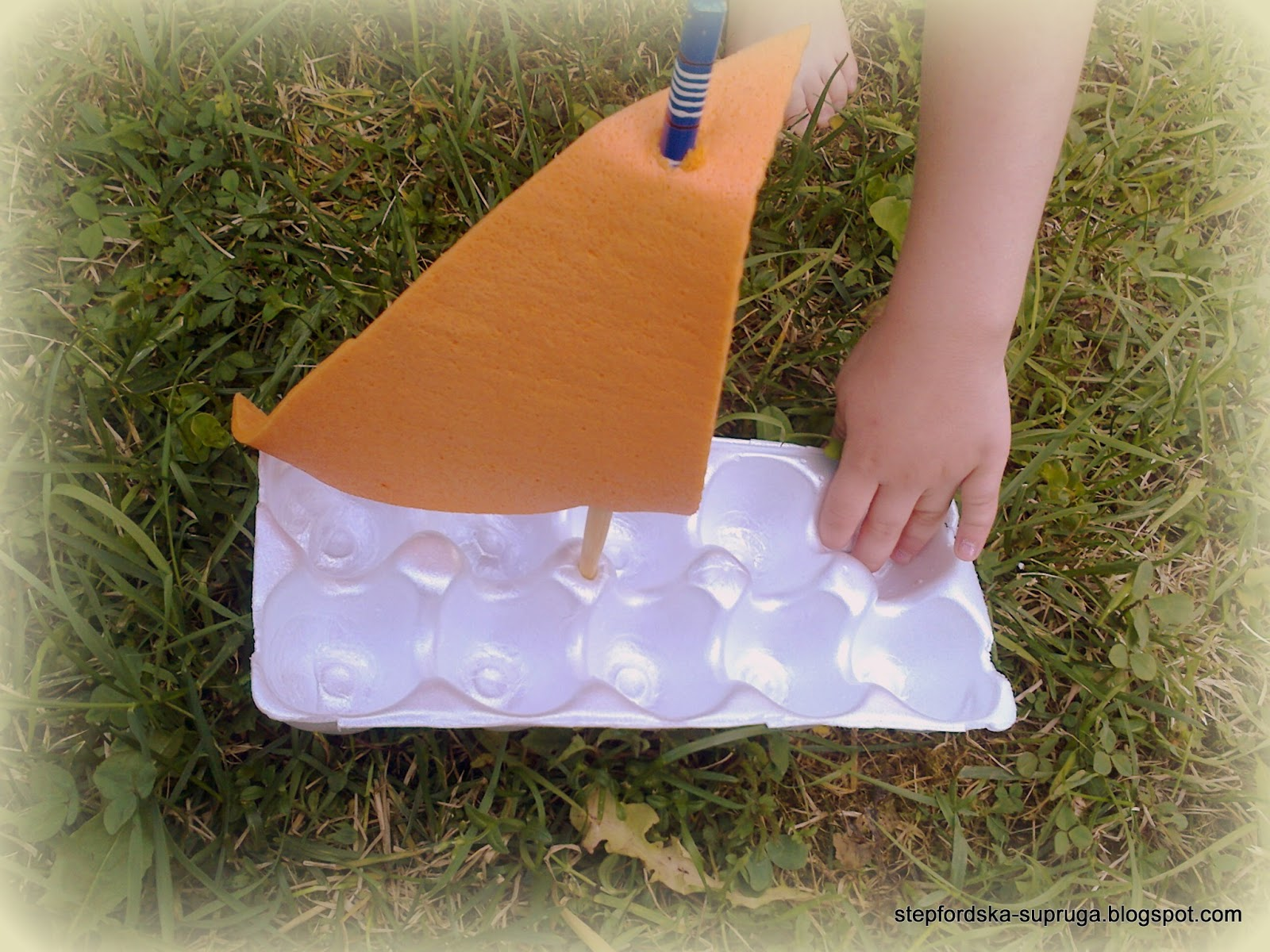 The Stepford wife: How to make a toy boat