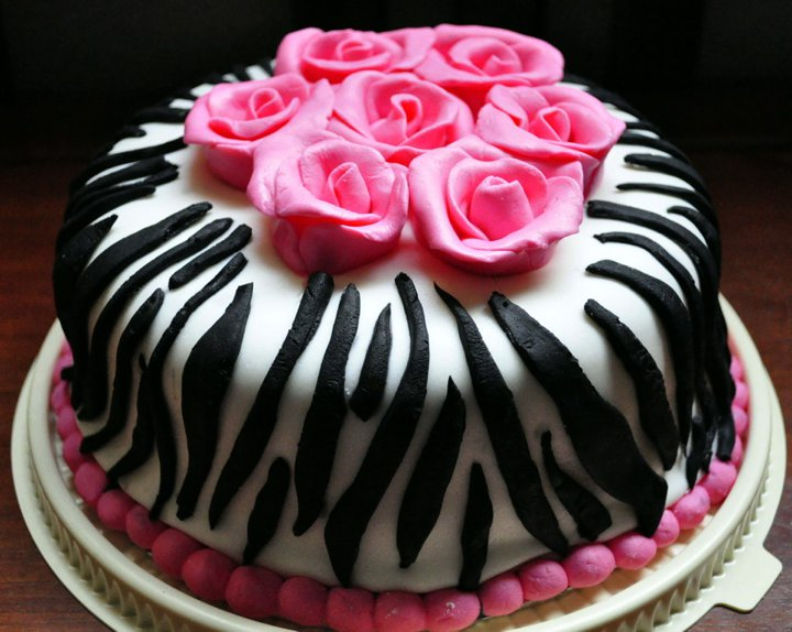 Confectionery Queen Hot Pink Zebra Print Cake