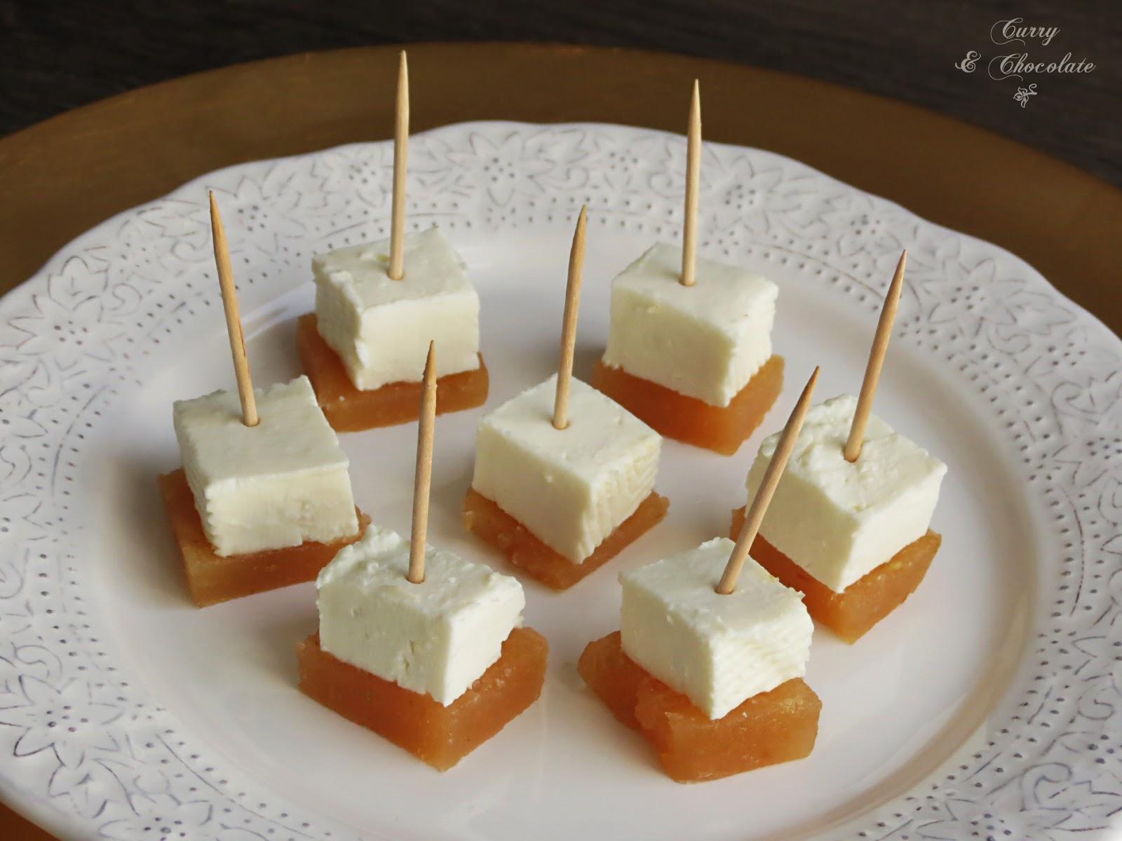 Daditos de queso fresco con membrillo