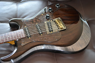 Knaggs Guitars Severn model Strat-type guitar
