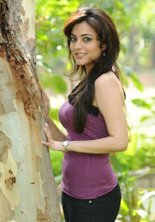 Nisha Aggarwal in a Spicy e T Shirt Looks Stunning Pictureshoot