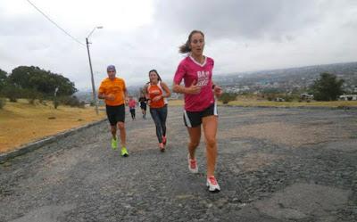 Entrenamiento de El Cantero en el Cerro de Montevideo (31/may/2015)