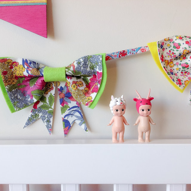 Rainbow Room Bow Floral Garland Girls Decor