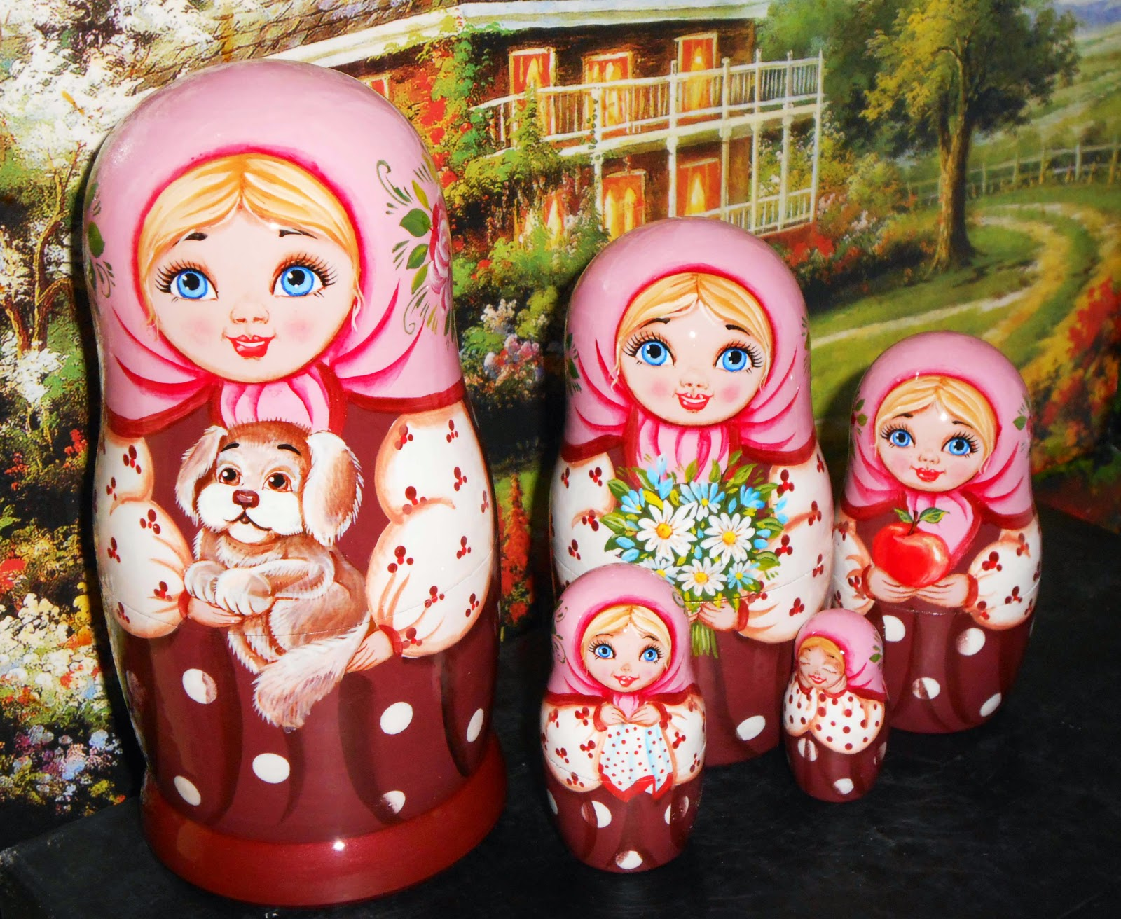 Nestung dolls un russian style buy at https://www.etsy.com/shop/Artworkshop1