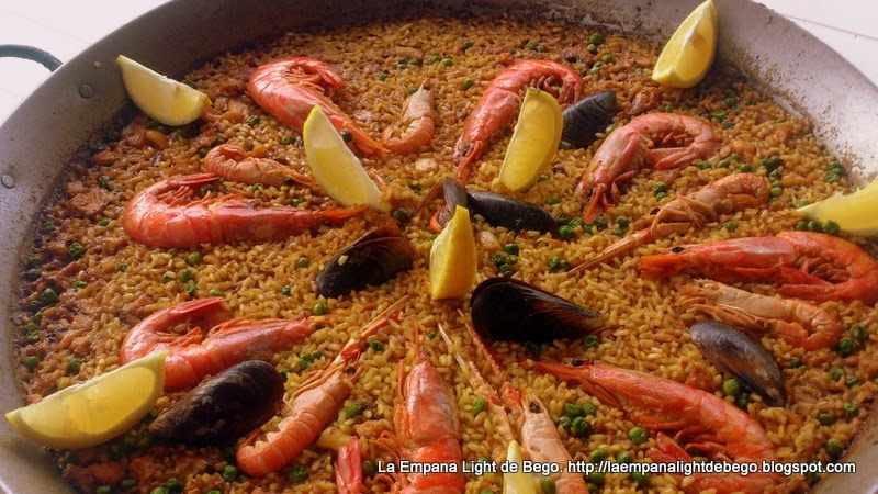 VIDEO DE PAELLA DE MARISCO (A la leña).- La Empana Light de Bego.-