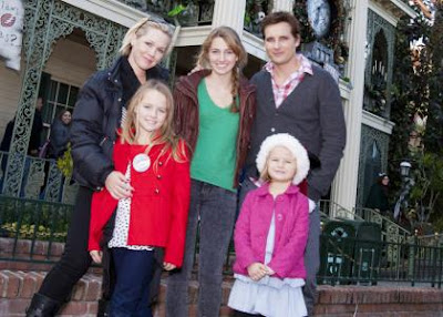 Peter Facinelli and Jennie Garth's Magical Day at Disneyland