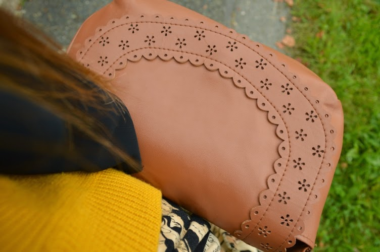 purse, thrifted, secondhand, Kik, leather, brown