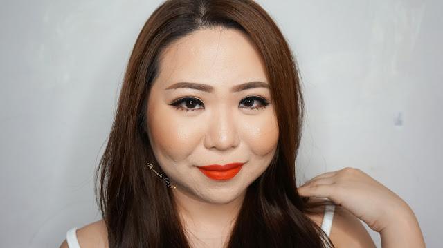Purbasari Matte Lipstick review and swatch. The first high demand matte lipstick in Indonesia with a high color pigmentation, long lasting power and cheap.  Lipstik matte yang tahan lama dengan pigmentasi warna yang indah dari merk lokal indonesia, Purbasari. Harganya juga tergolong murah.