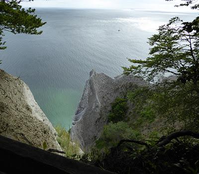 Udsigt fra toppen af Møns Klint til stranden