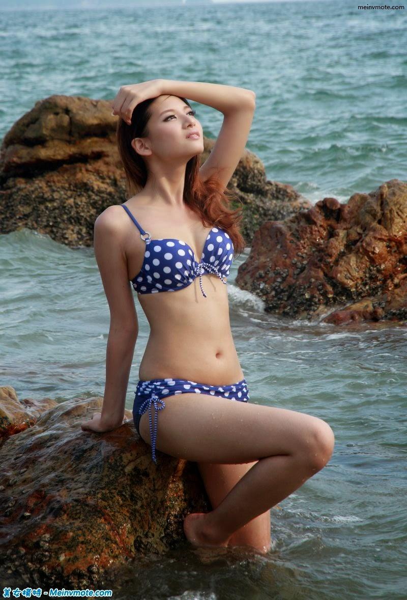Real shot bikini beach girl style