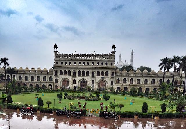 story legend bool bhulaiya bada imambara nawab lucknow india travel