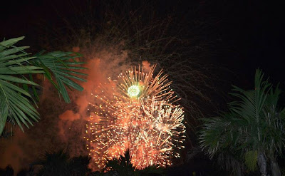bahamas fireworks on the beach