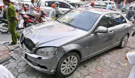 Kinh nghiệm mua bảo hiểm ôtô