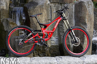 BINTANG HARAPAN: Specialized Demo 8 ii 2010 Full Bike