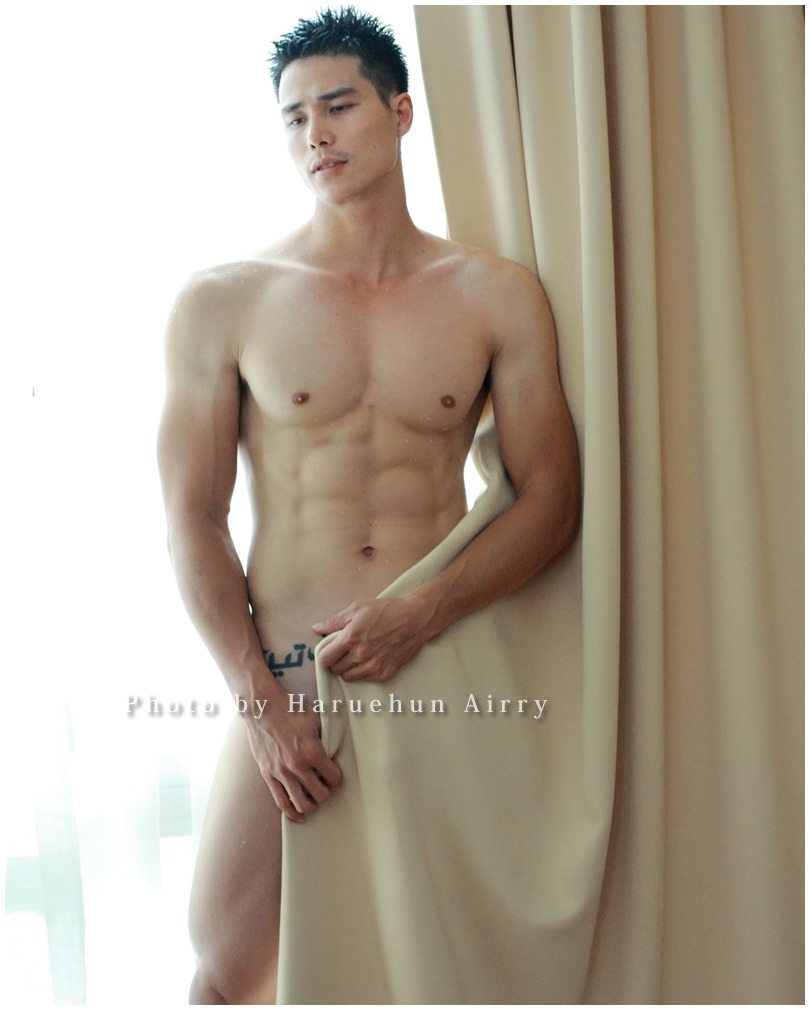 Picture%252B01 of Hot Asian men   Ngo Tien Doan nude sexy front nude wholesale 10pc Sexy C string for man, sexy lingerie candy color, ...