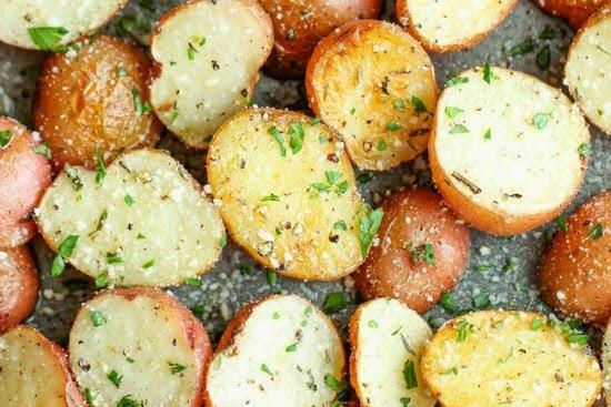 http://damndelicious.net/2014/07/23/garlic-parmesan-roasted-potatoes/