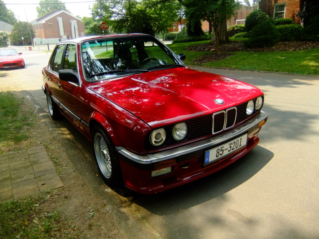 daily turismo 10k flash 1985 bmw 320i euro 4door mtech w m50 i6 swap. Black Bedroom Furniture Sets. Home Design Ideas