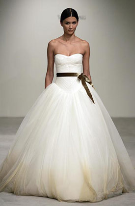 Bridal Dress Designers on Is One Of The Best Wedding Dress Designer There Is In This World She