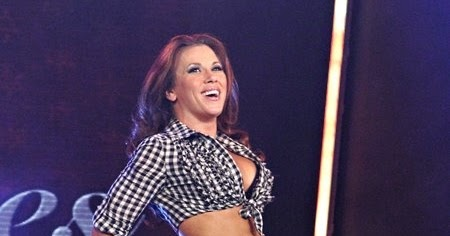 Mickie james nice looking that can