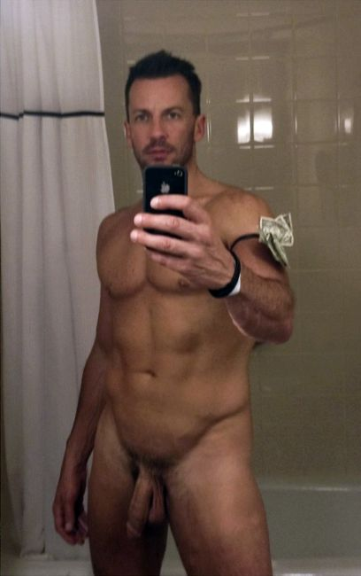 find gay hourly pix thumbnail