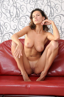 Nude Art - rs-test-68_MetArt_Sculpte_Suzanna-A_by_Goncharov_high_0009-723791.jpg