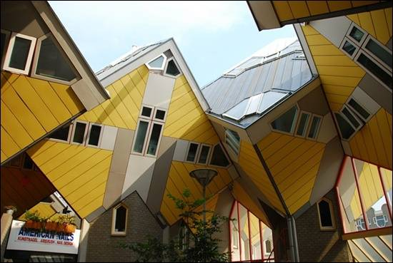 Cubic-Houses-Rotterdam-Netherlands