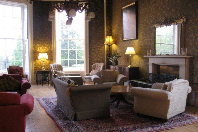 Salon The Drawing Room en Raemoir House cerca de Aberdeen
