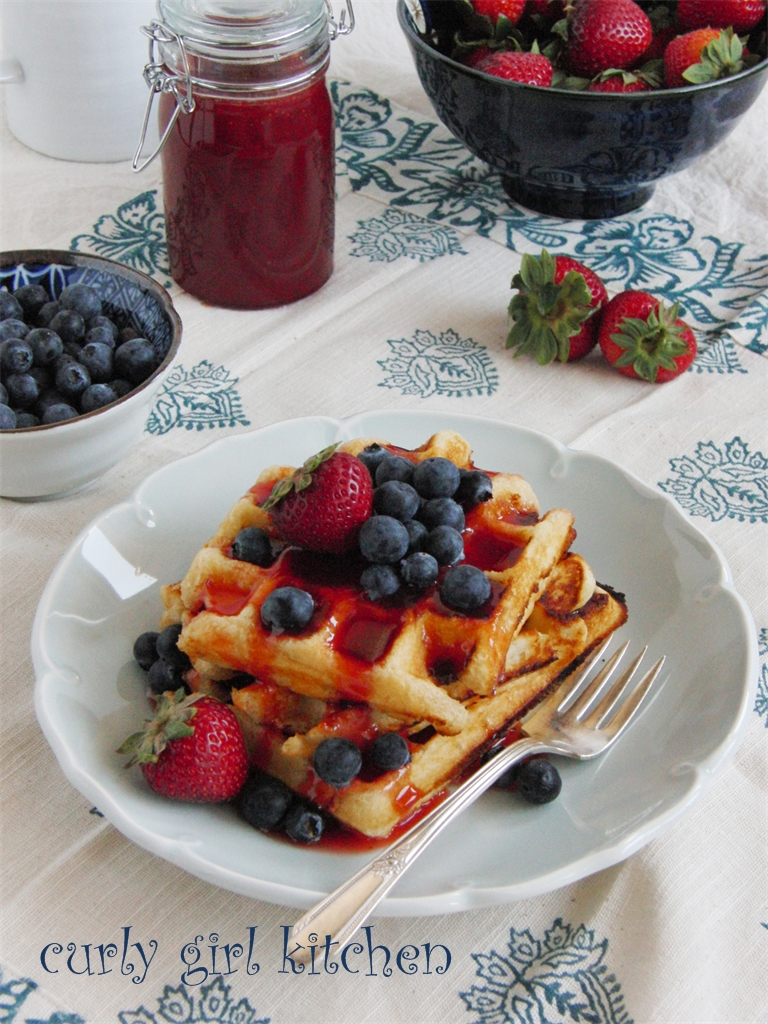 Curly Girl Kitchen: Lemon Yogurt Waffles with Berries and Strawberry ...